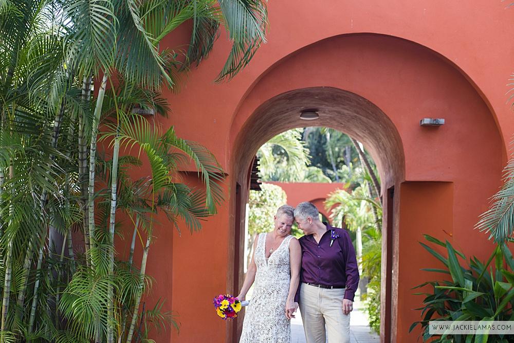 puerto-vallarta-destination-wedding-same-sex-gay-marriage-00008.jpg
