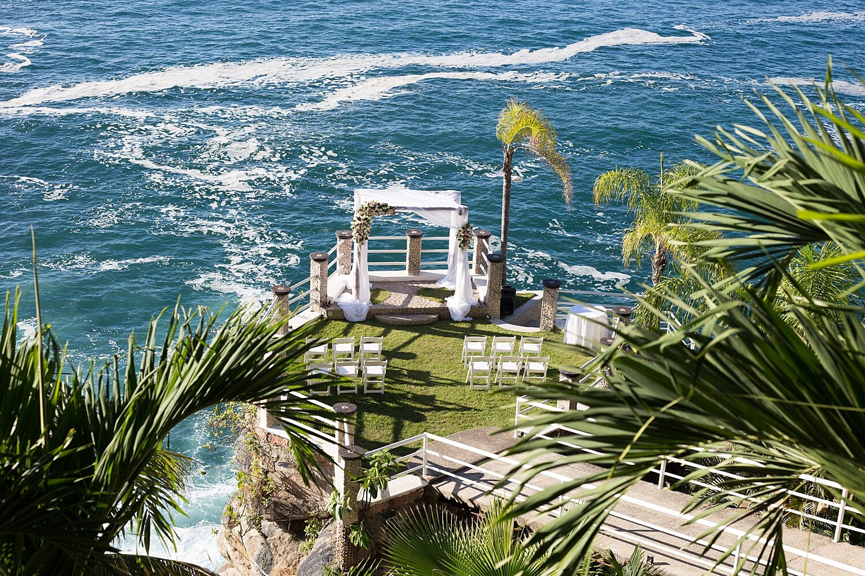le-kliff-puerto-vallarta-weddings.jpg