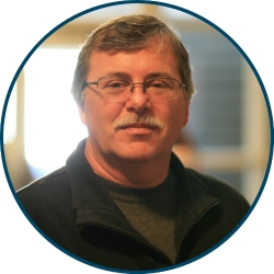 Bob Bonzyack, Advisory Member(Financial Team)