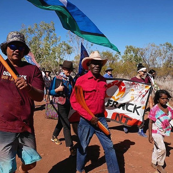 """Don't frack the NT!  @seedmob are a movement of young Aboriginal and Torres Strait Islander's who're for climate justice and already have a powerful voice in this space. """"Our vision is for a just and sustainable future with strong cultures and communities, powered by renewable energy."""" —- 📸 """"Seed was honoured to march in solidarity with the Gurindji people as we celebrate the birth of land rights, and continue to fight the ongoing struggles our people face today. 53 years ago Gurindji people fought to get our land back. Today we fight to protect it and keep it clean. Yapakayi-nginyi jangkarnik - from little things, big things grow""""  #banfracking #protectourcountry #dontfrackourlandrights #seedmob #dirtyenergy"""