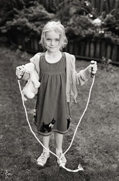 girl active outside photo by Portland photographer Linnea Osterberg
