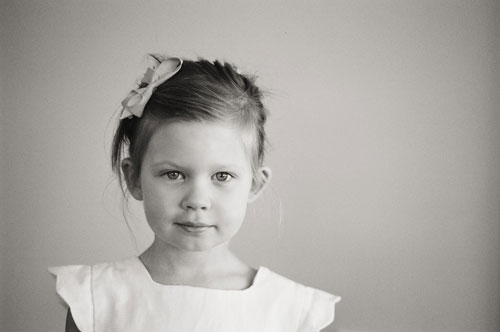 girl black-and-white close-up portrait by Portland photographer Linnea Osterberg