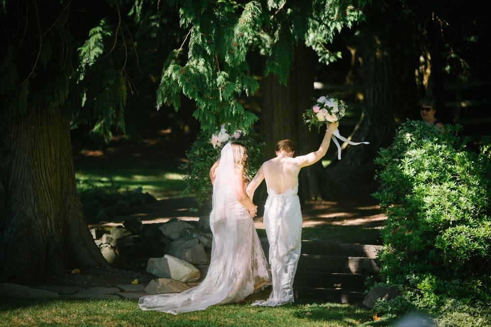 seattle_wedding_photographer_delille_cellars_woodinville 23.jpg