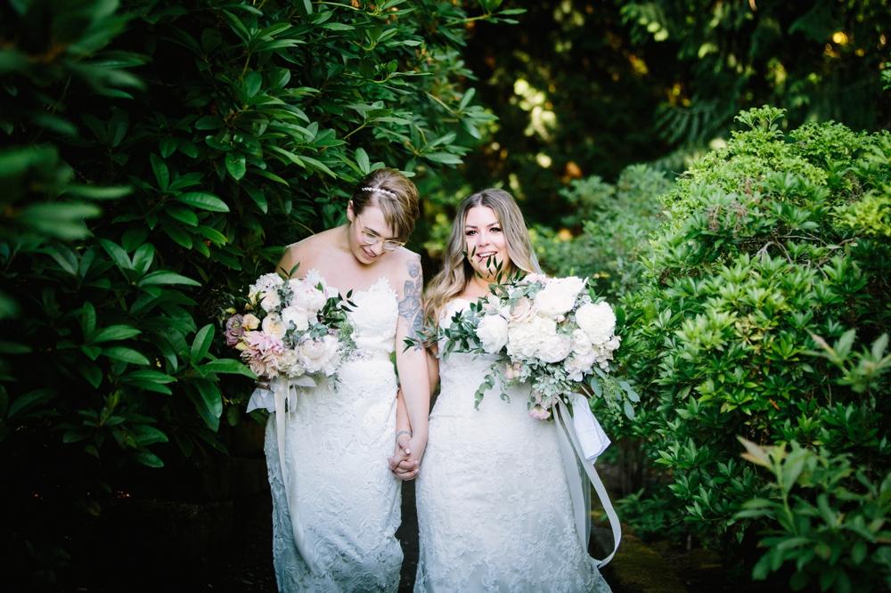 seattle_wedding_photographer_delille_cellars_woodinville 24.jpg