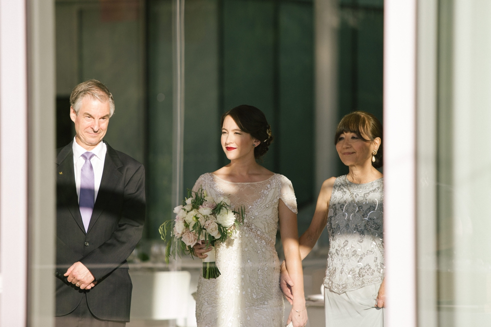 seattle_wedding_photographer_Olympic_sculpture_park 35.jpg