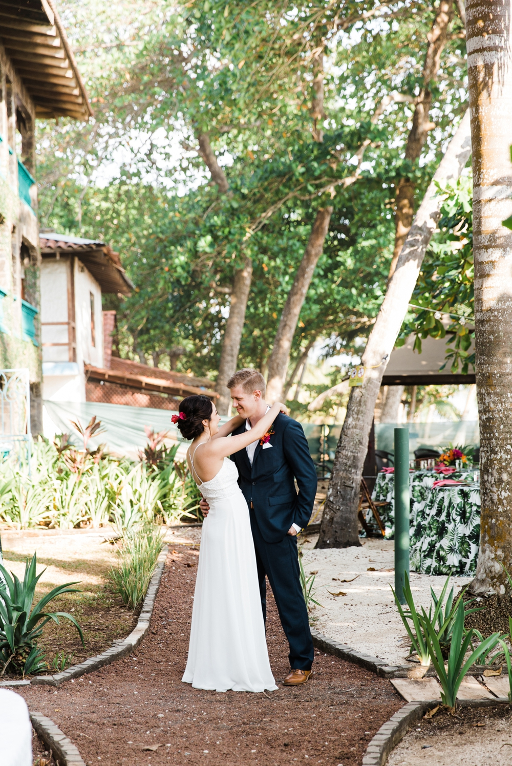 tropical-costa-rican-wedding-photographer 30.jpg