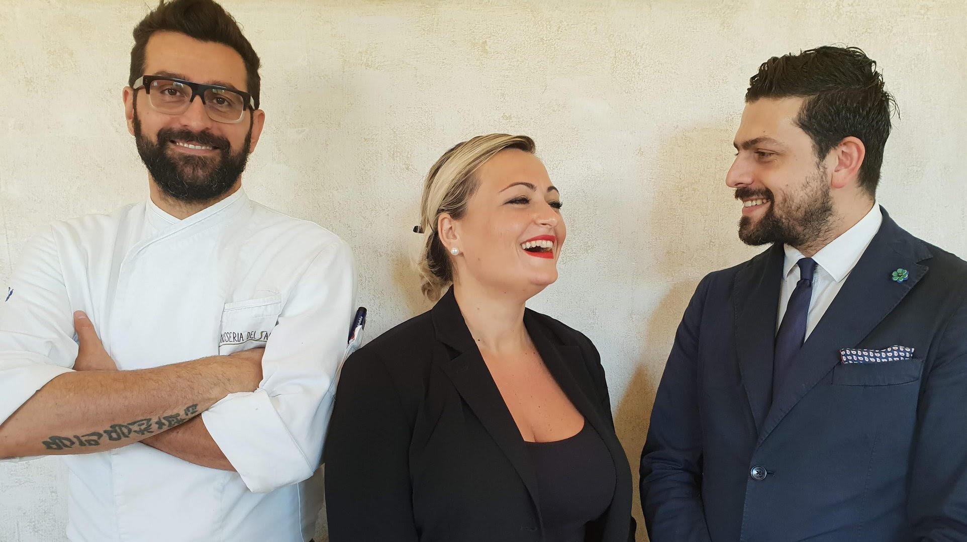 Da sinistra: Chef Marco Marinelli; Maitre e Sommelier Simona Fusco; Propietario, Maitre e Sommelier Andrea Lippi
