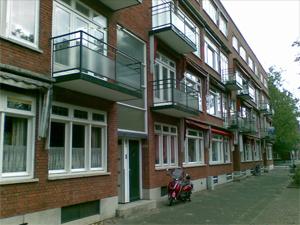 Glaswerk aan oudere gebouwen