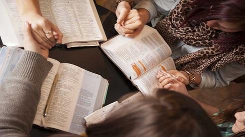 prayinghands.jpg