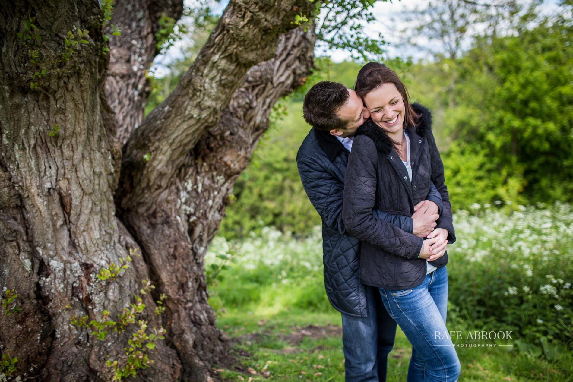 andy & eloise engagement shoot donnington castle berkshire-1030.jpg