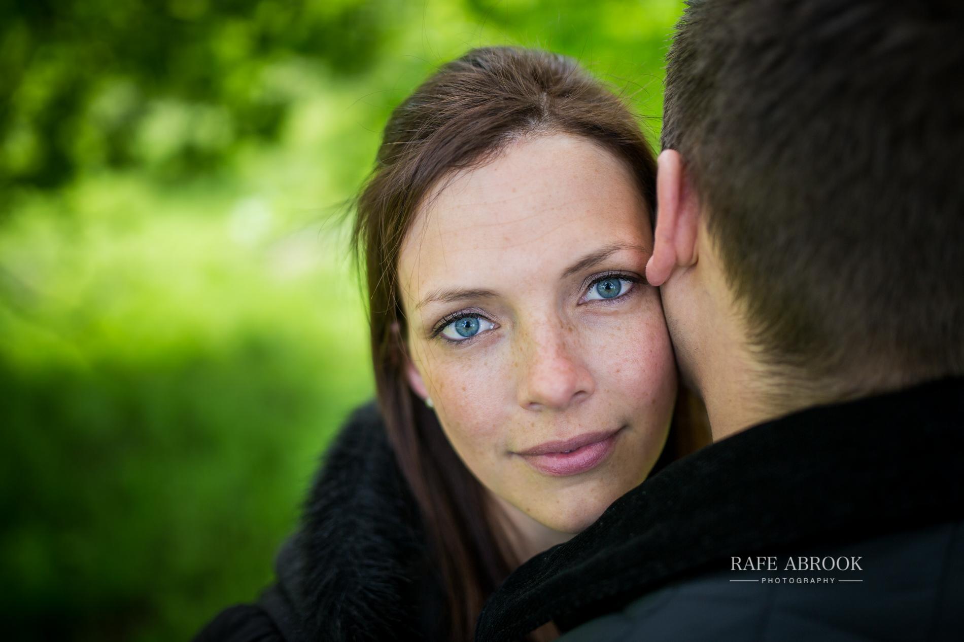 andy & eloise engagement shoot donnington castle berkshire-1051.jpg