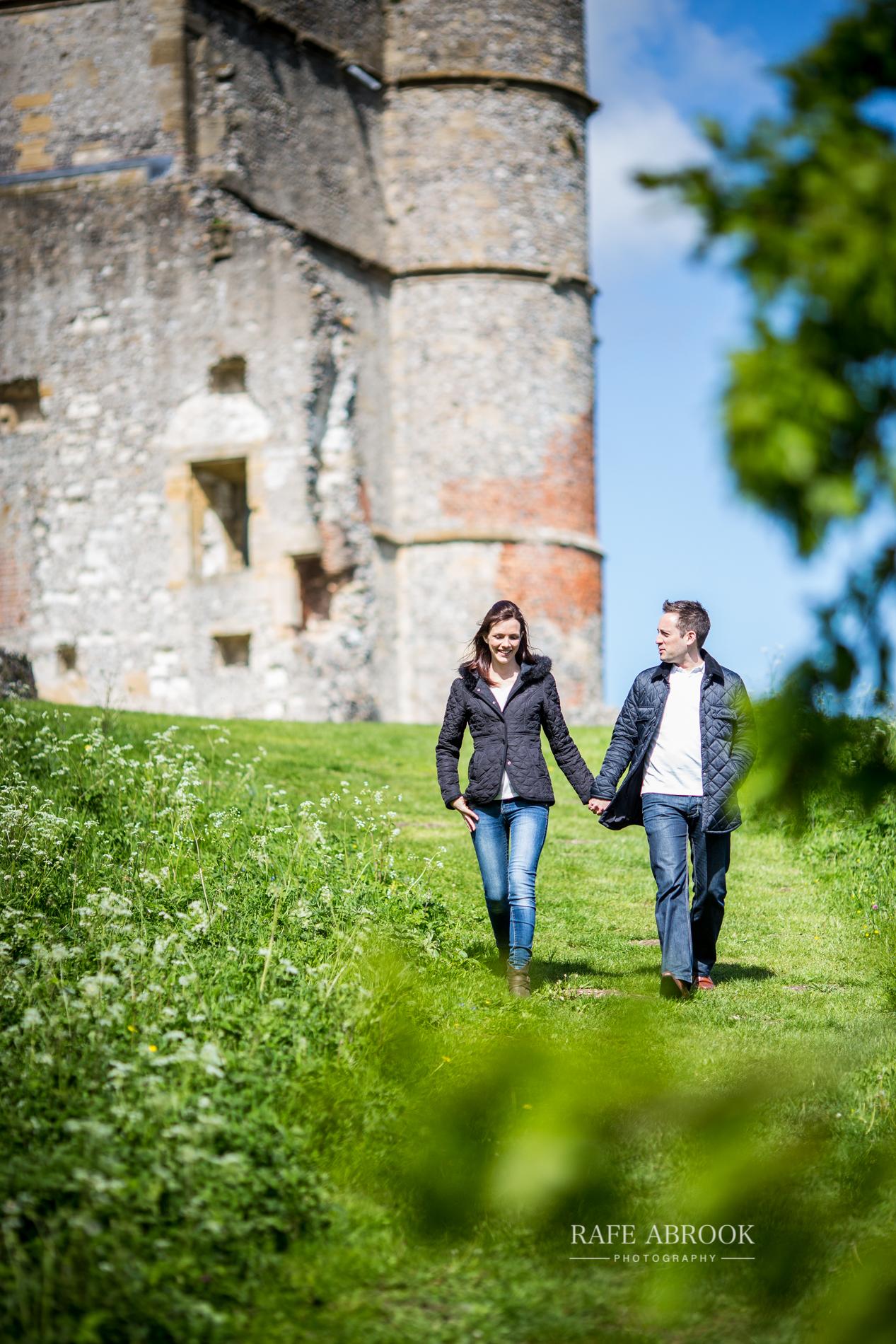 andy & eloise engagement shoot donnington castle berkshire-1071.jpg