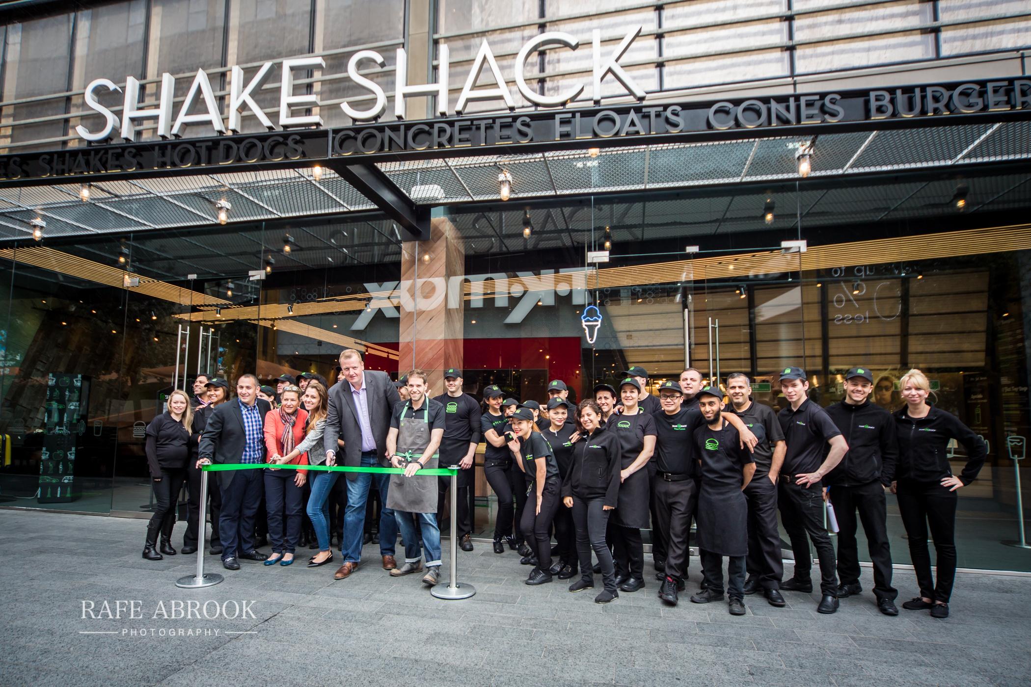 shake shack stratford city westfield opening 19.5.15-2002.jpg