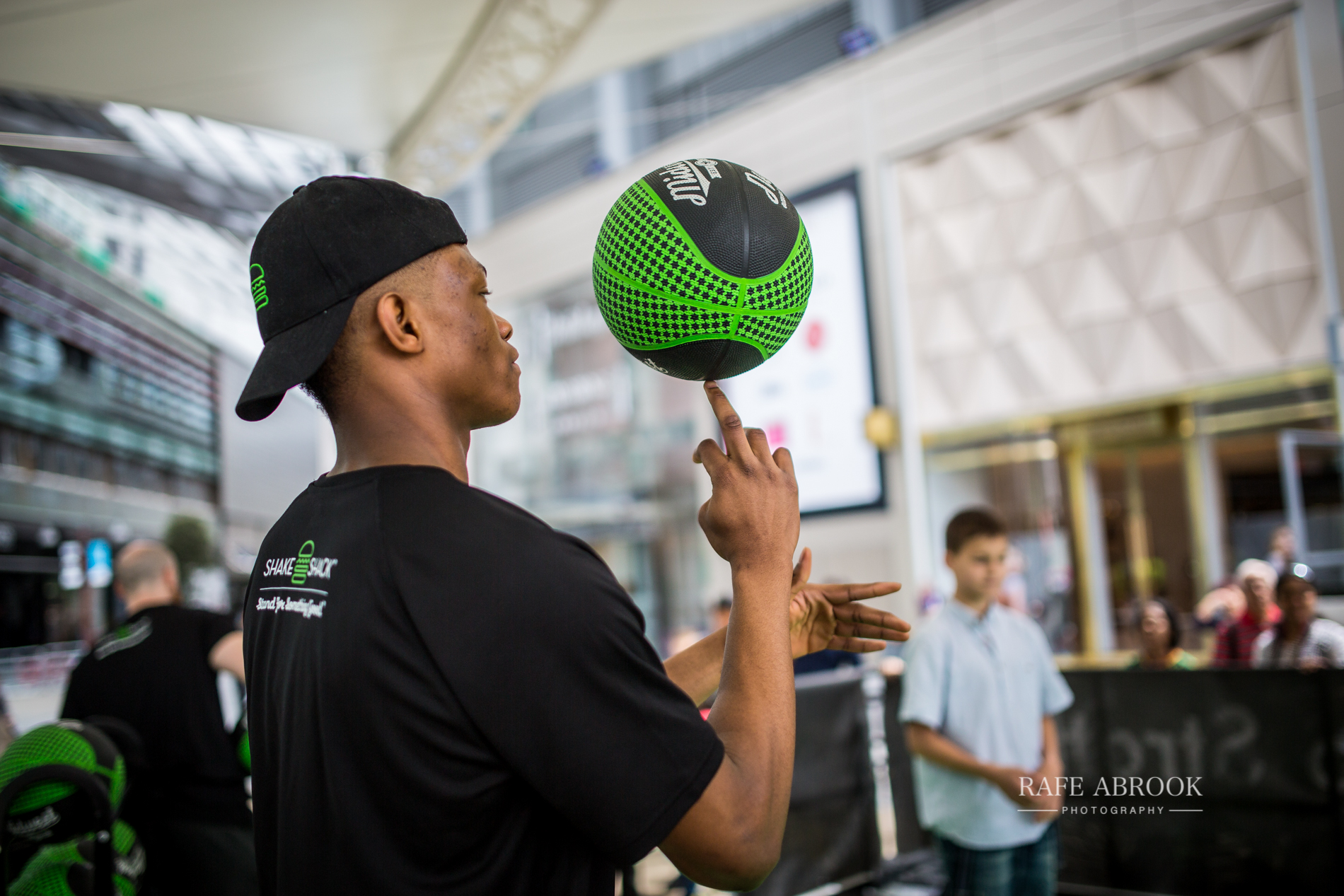 shake shack uk westfield stratford london experiential basketball-1024.jpg