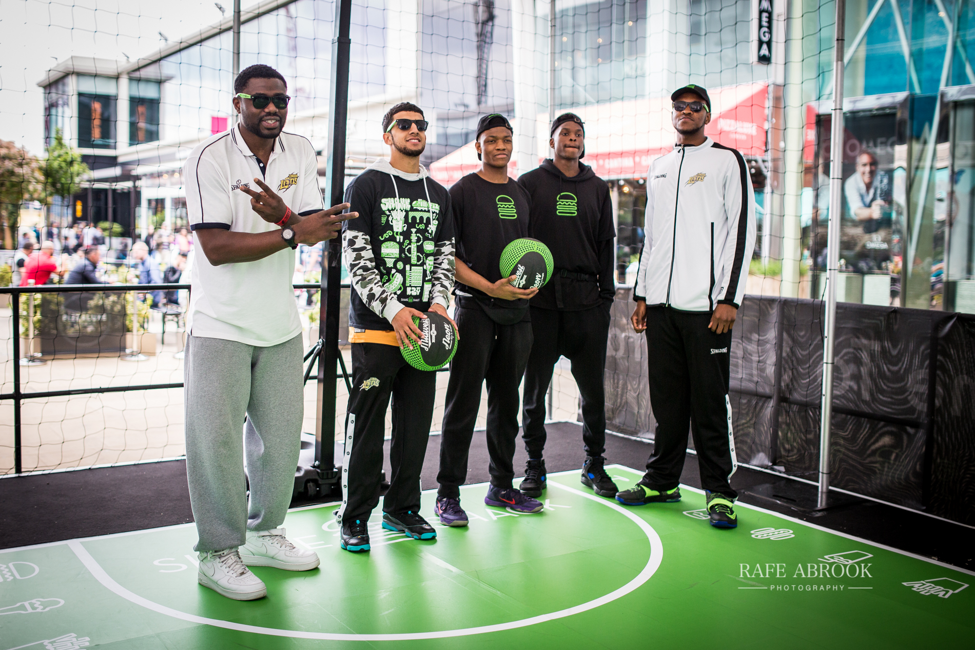 shake shack uk westfield stratford london experiential basketball-1158.jpg