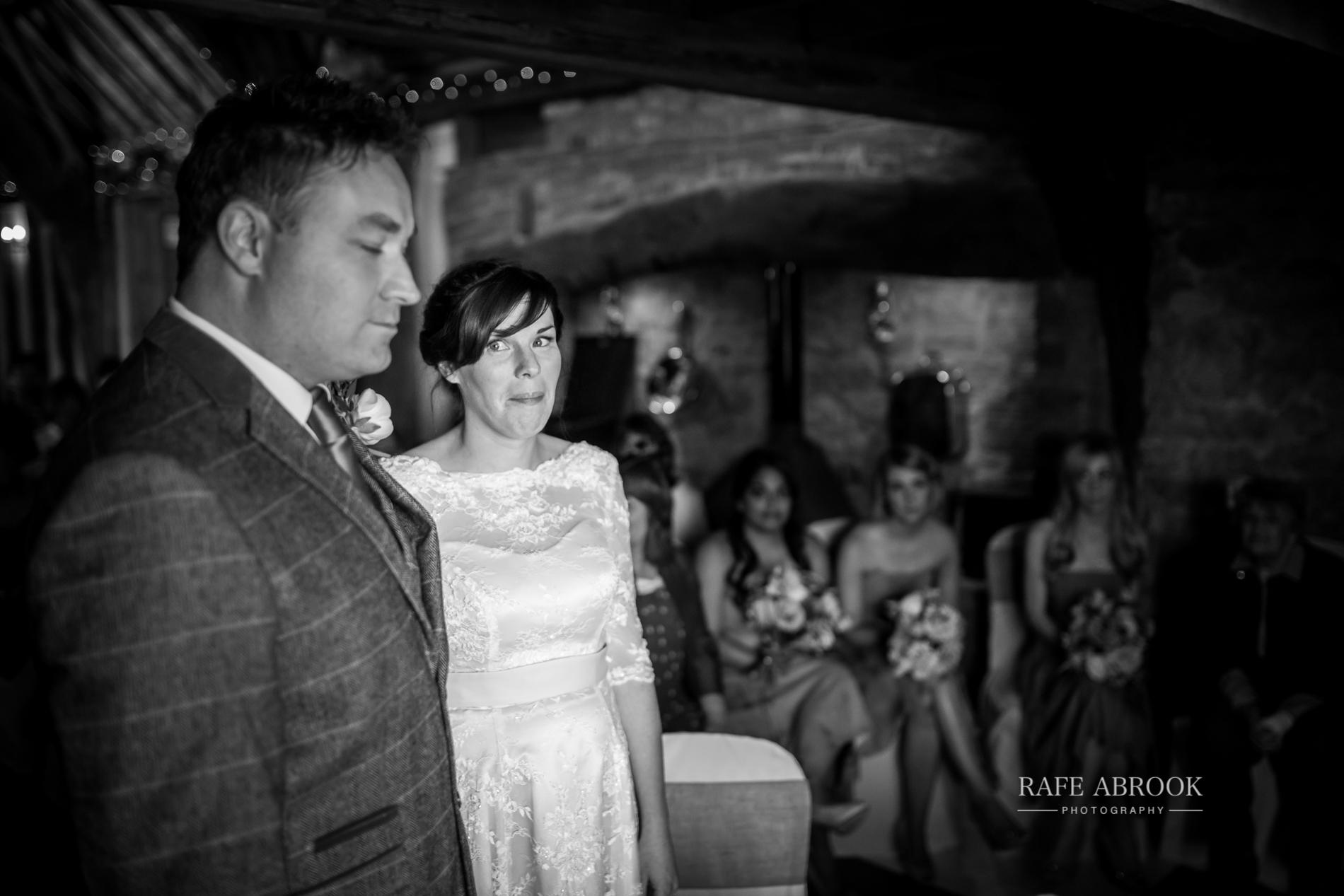 jon & laura wedding notley tythe barn wedding buckinghamshire-1171.jpg