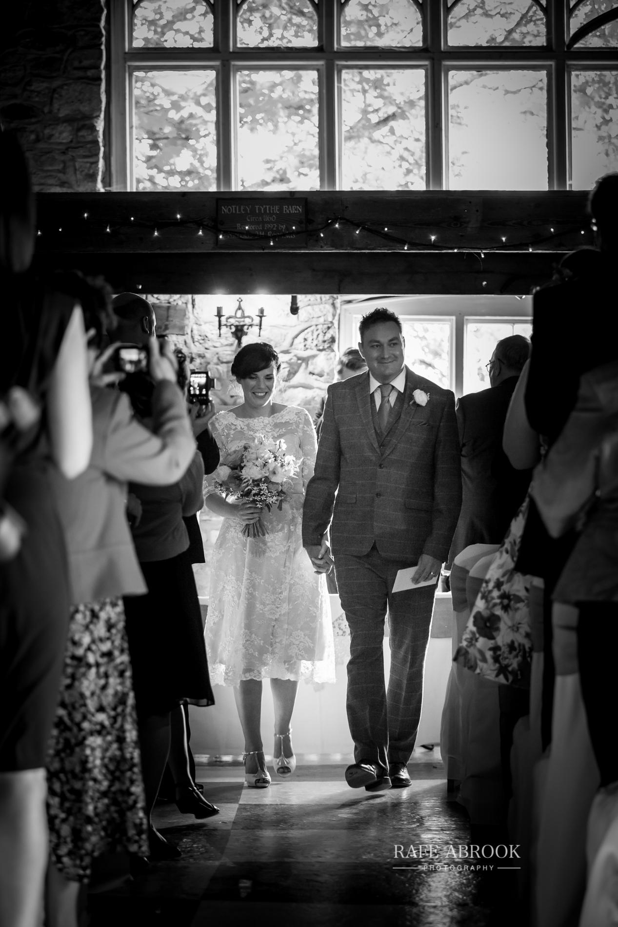 jon & laura wedding notley tythe barn wedding buckinghamshire-1214.jpg