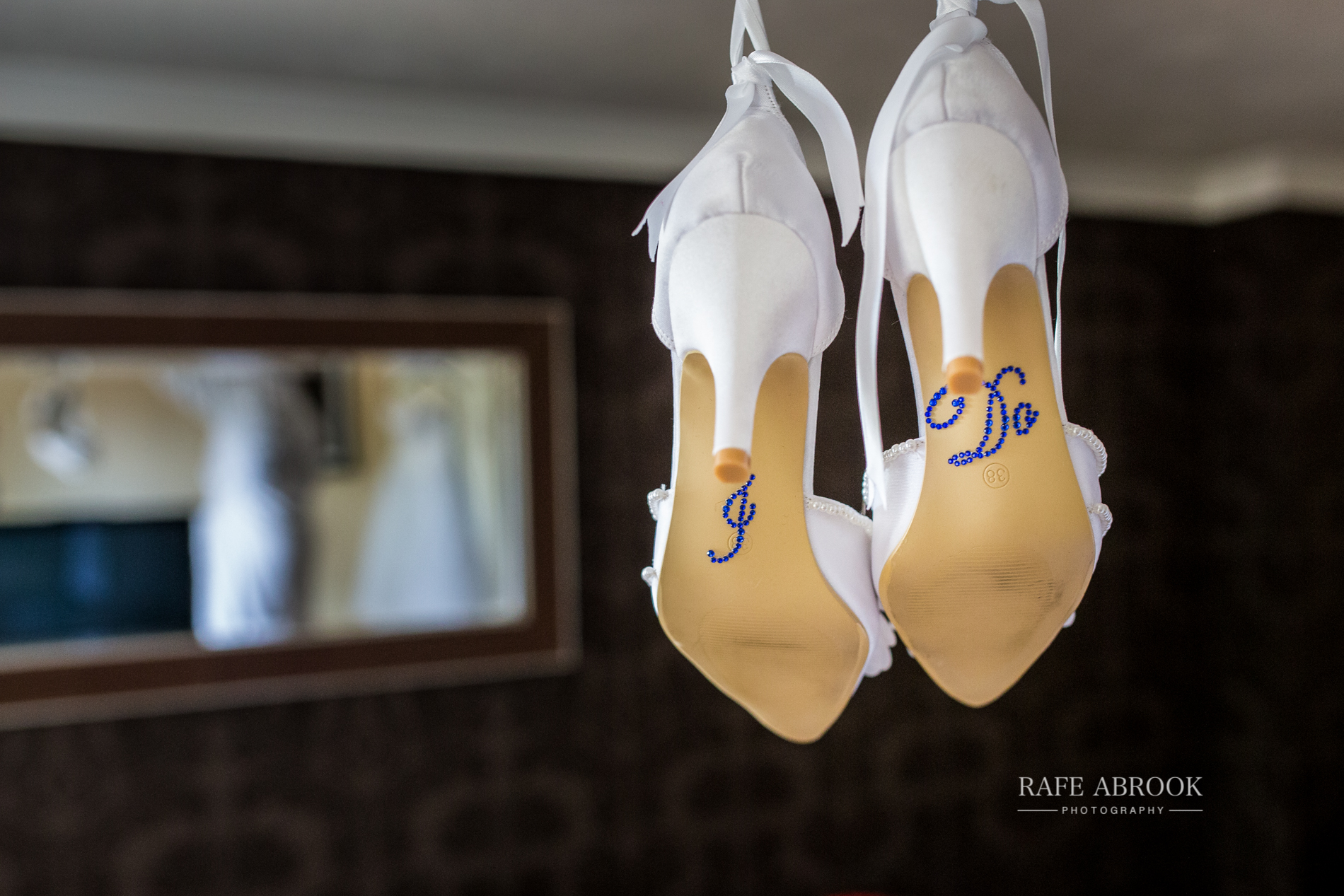 agnes & laurence wedding kings lodge hotel kings langley hertfordshire-1008.jpg