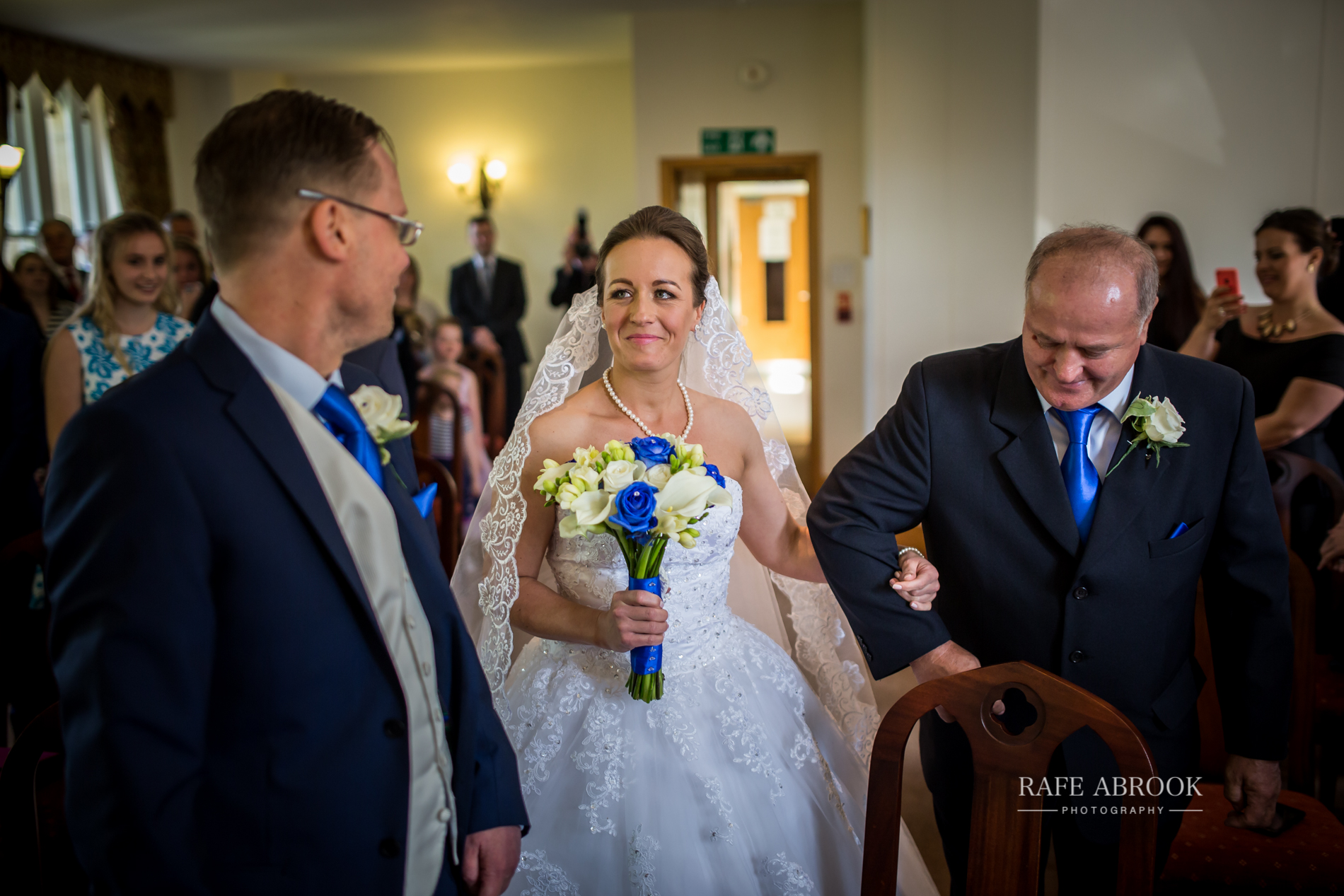 agnes & laurence wedding kings lodge hotel kings langley hertfordshire-1110.jpg