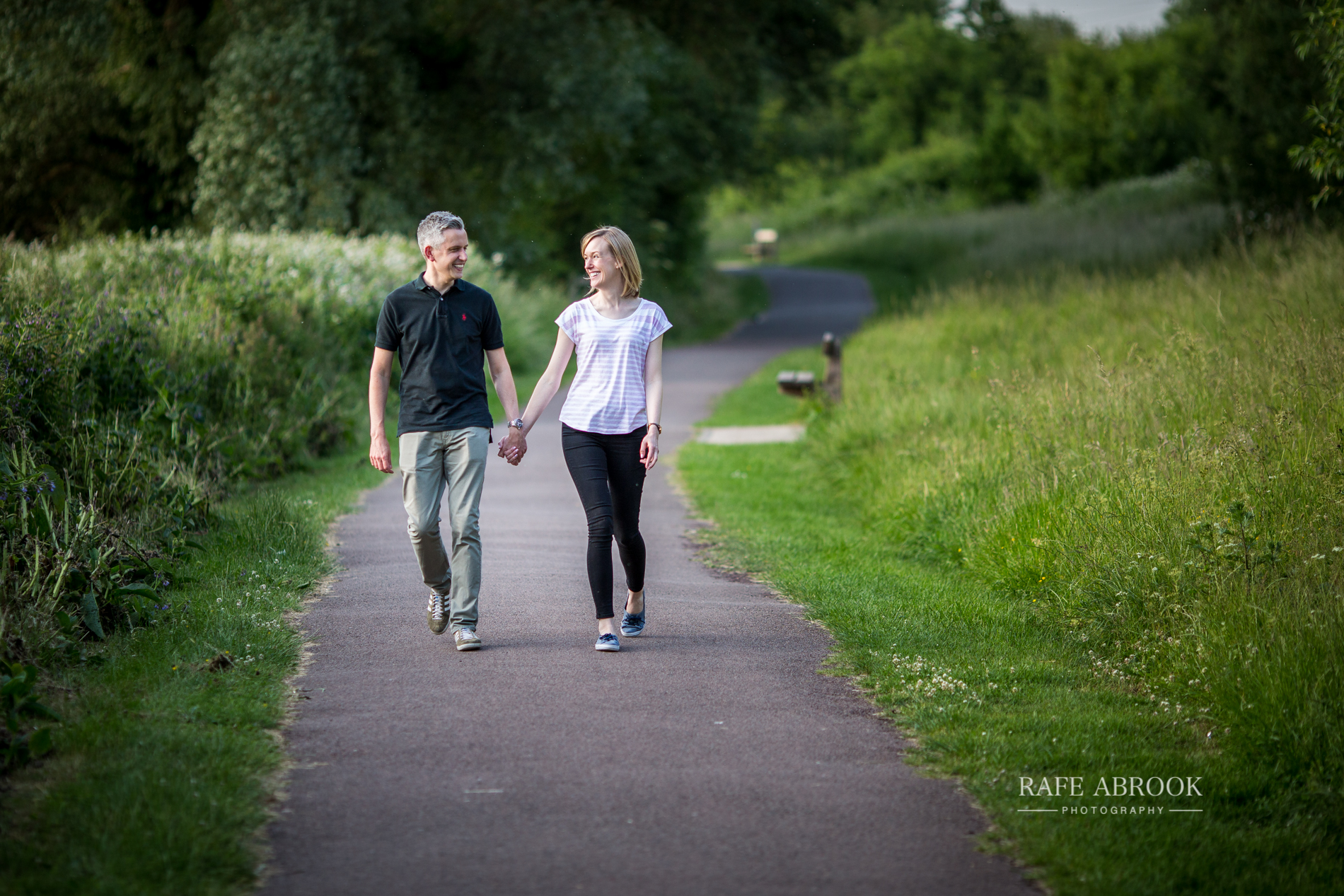emily & andrew engagement shoot lea valley park cheshunt hertfordshire-1034.jpg