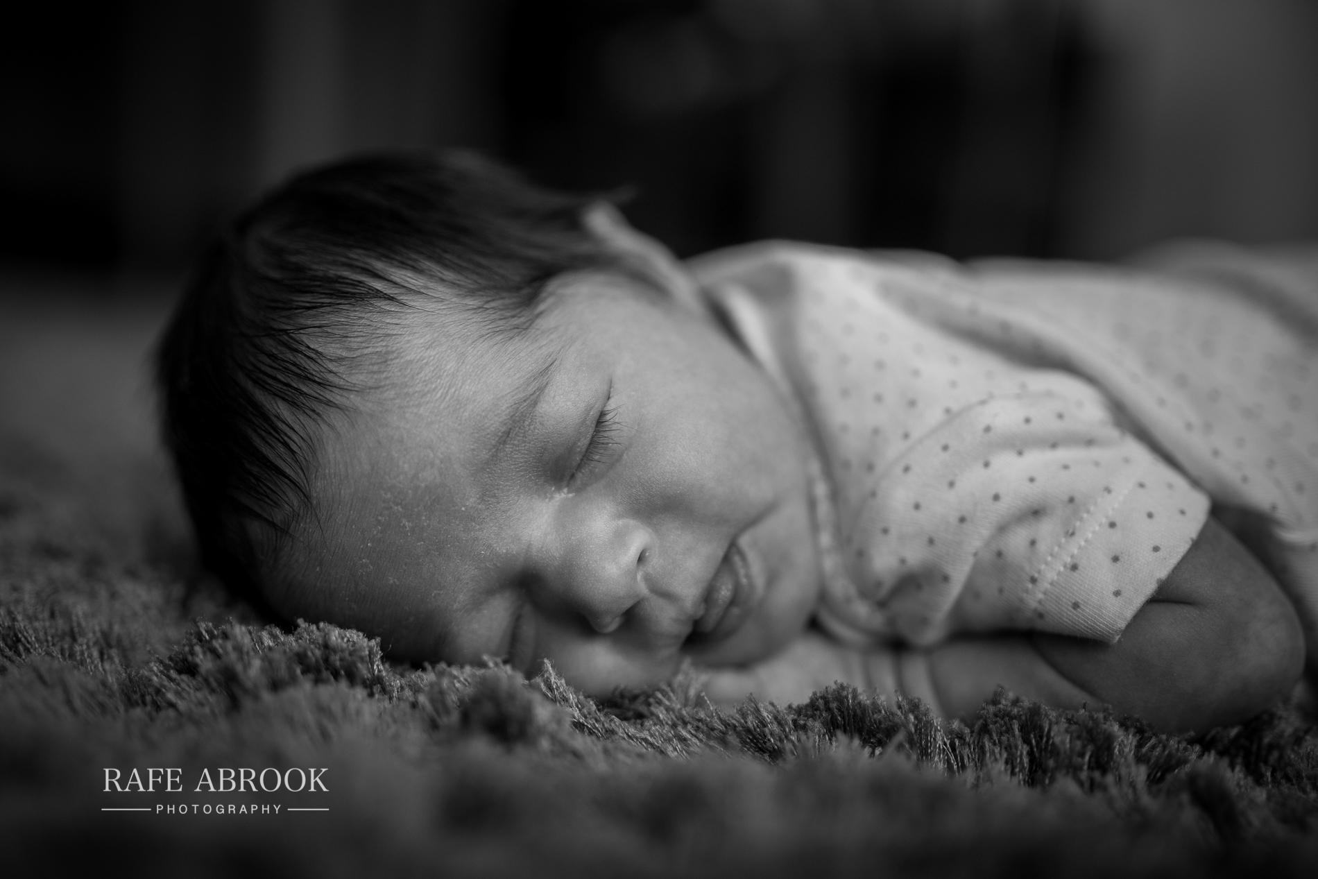 isabella & liliana evans newborn baby-1045.jpg