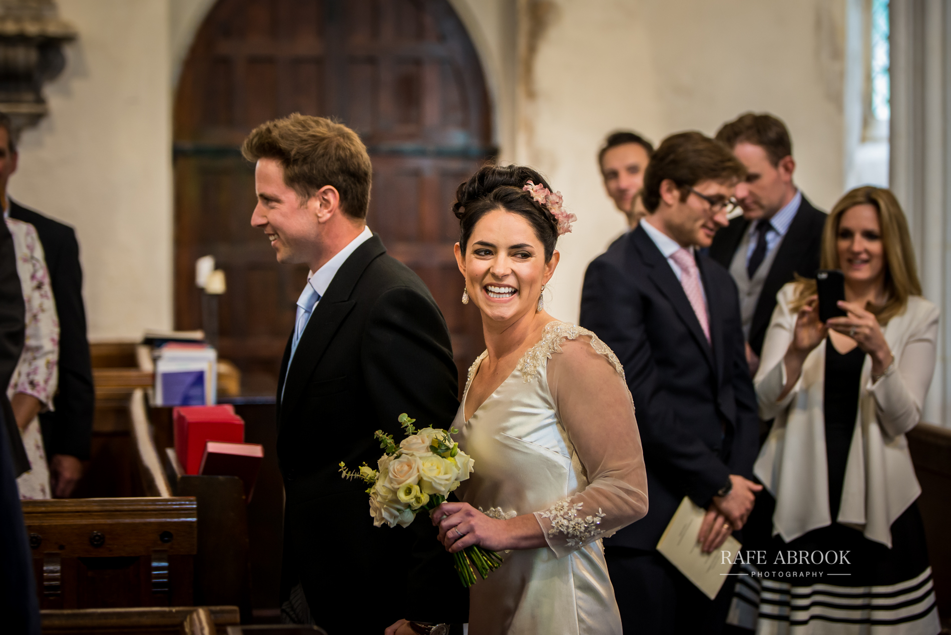 sam & alison watkins hall farm hertford hertfordshire wedding photographer-1056.jpg