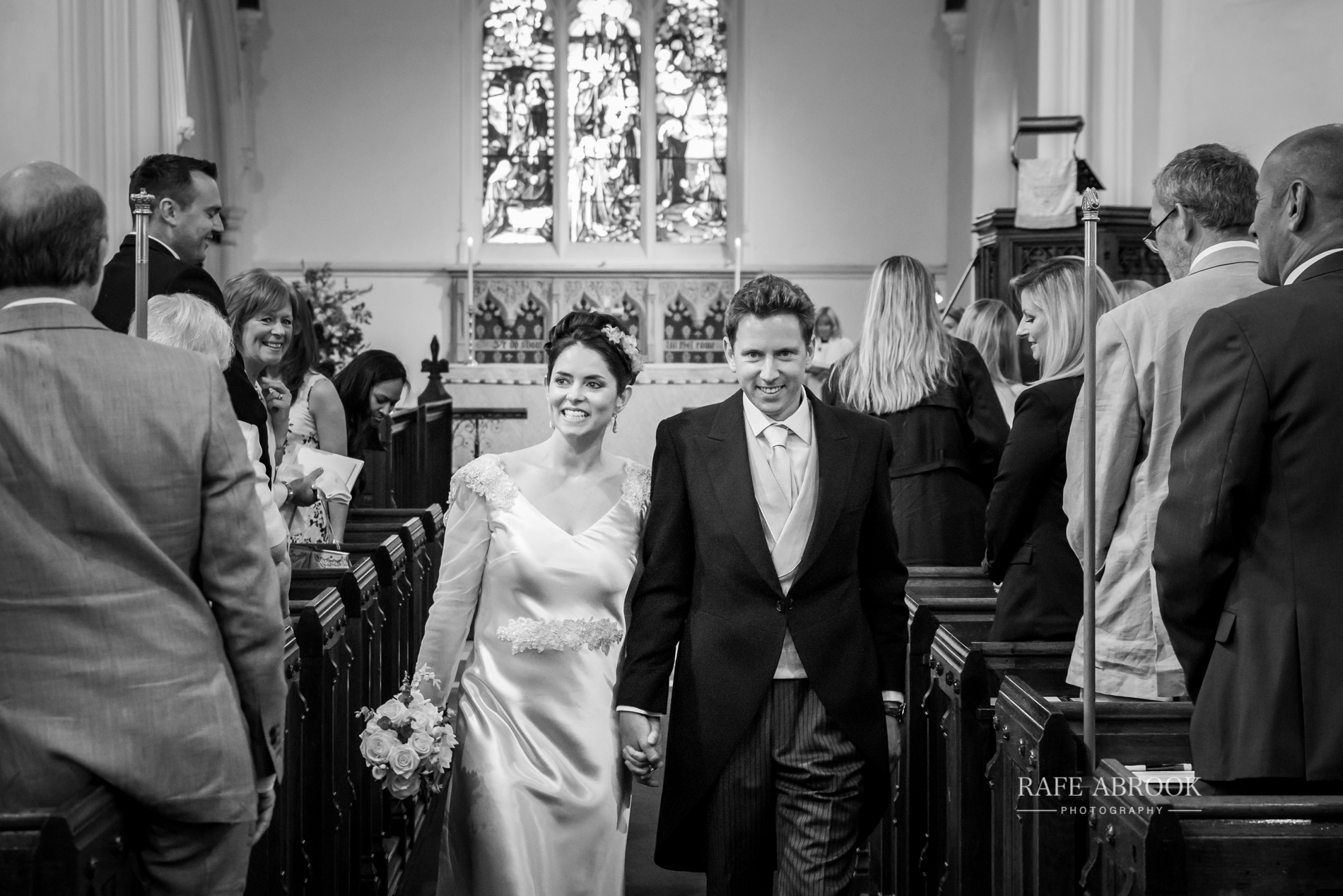 sam & alison watkins hall farm hertford hertfordshire wedding photographer-1093.jpg