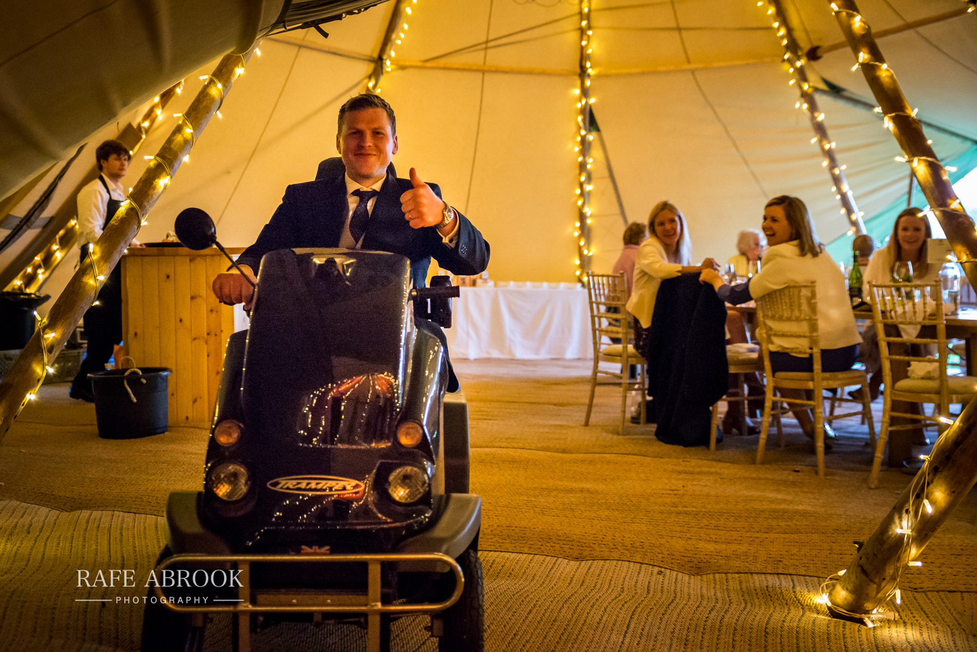 sam & alison watkins hall farm hertford hertfordshire wedding photographer-1419.jpg