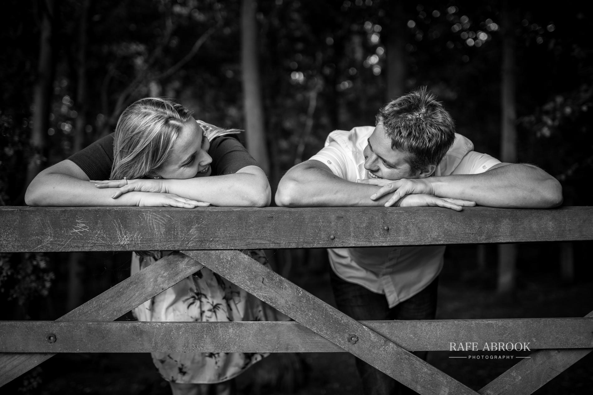 melanie & graham engagement shoot great ashby district park stevenage hertfordshire-1028.jpg