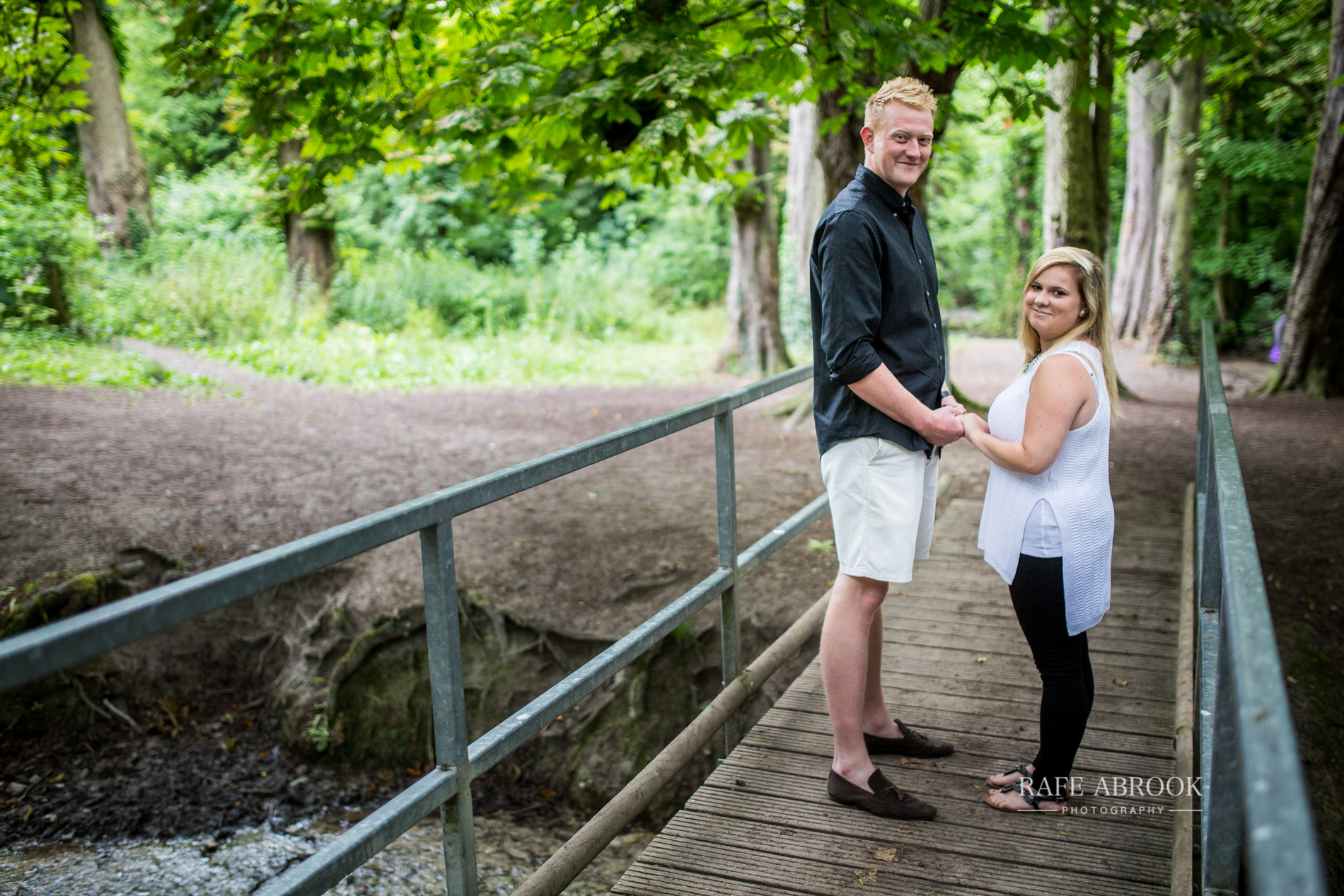 lisa & danny engagement shoot barton hills barton-le-clay bedfordshire-1005.jpg