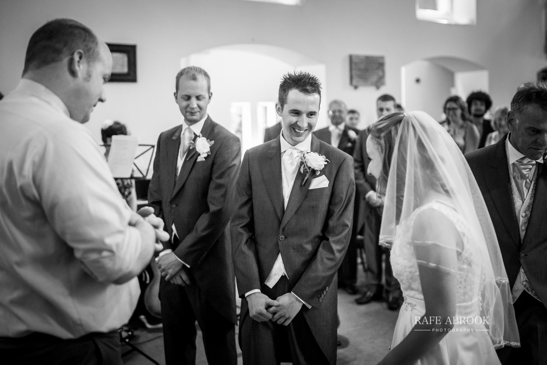 wedding photographer hertfordshire noke thistle hotel st albans -1114.jpg