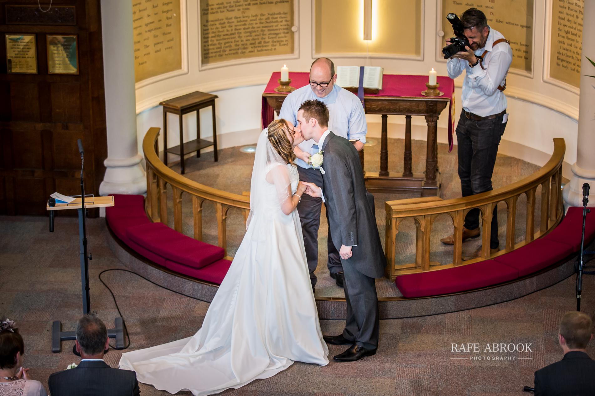 wedding photographer hertfordshire noke thistle hotel st albans -1203.jpg