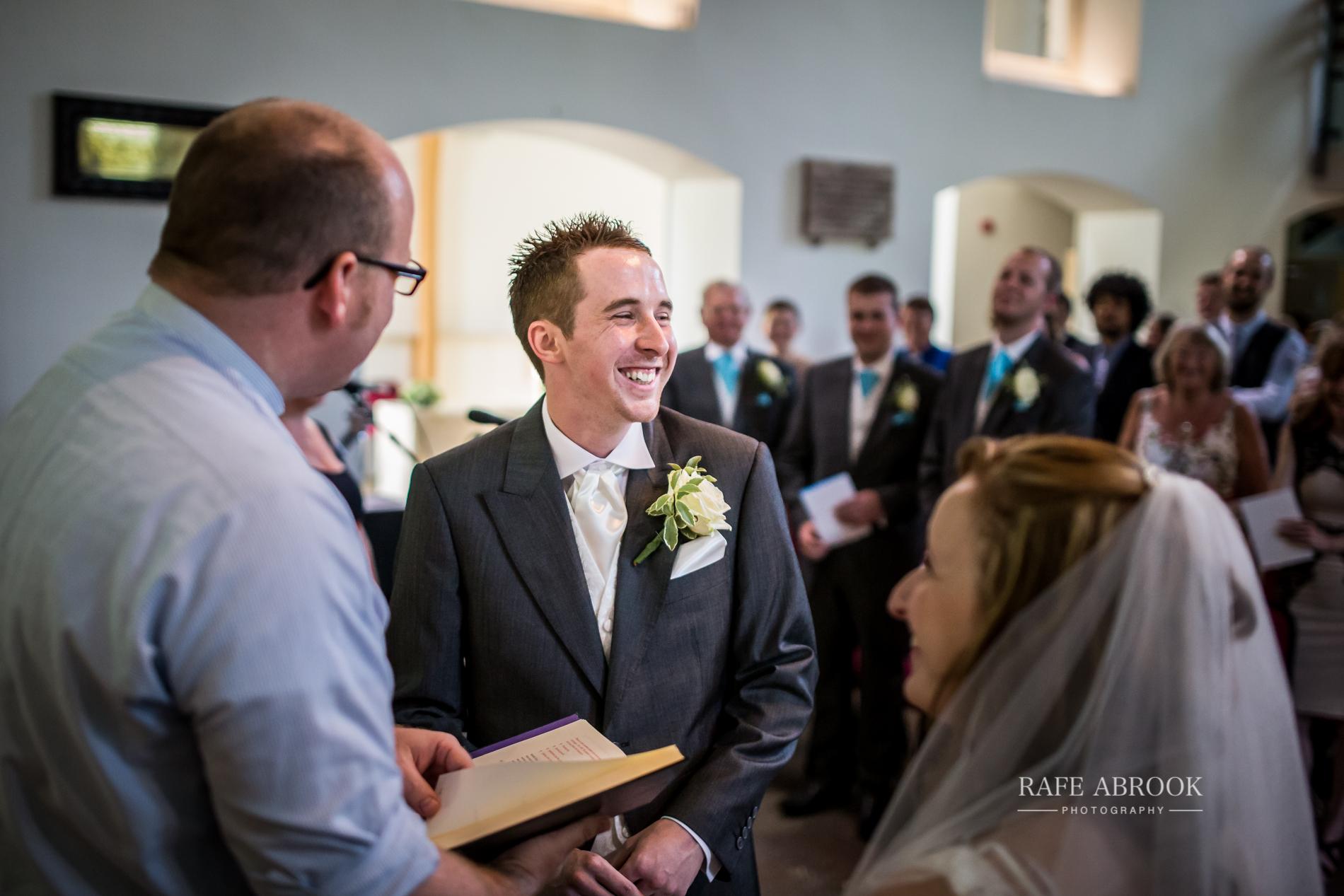wedding photographer hertfordshire noke thistle hotel st albans -1226.jpg