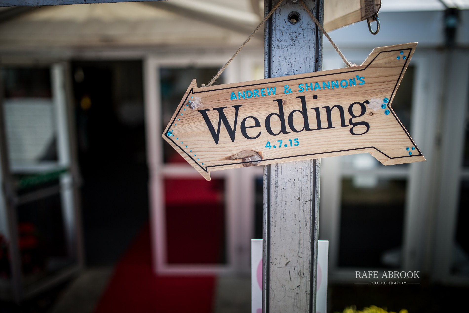 wedding photographer hertfordshire noke thistle hotel st albans -1294.jpg