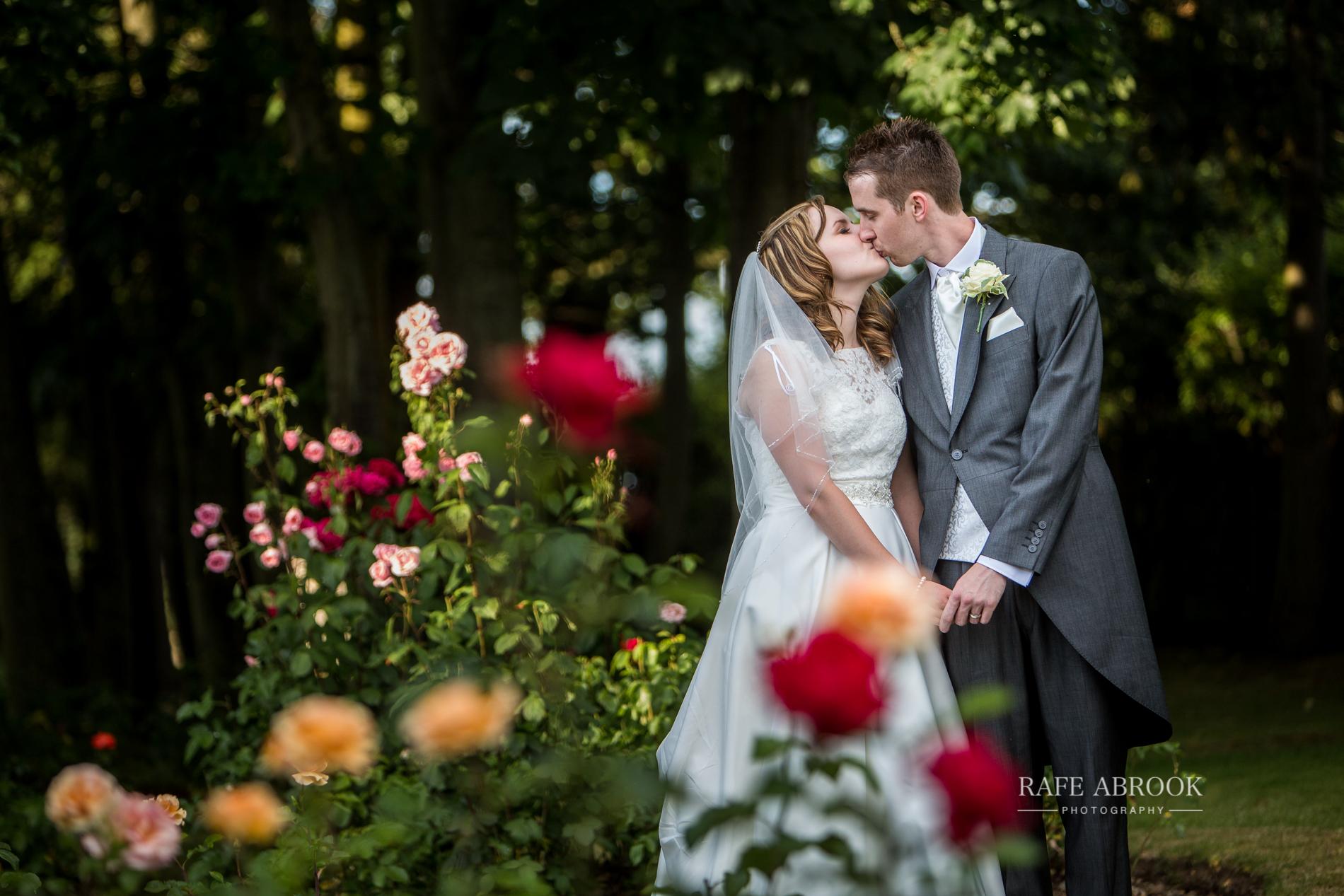 wedding photographer hertfordshire noke thistle hotel st albans -1395.jpg