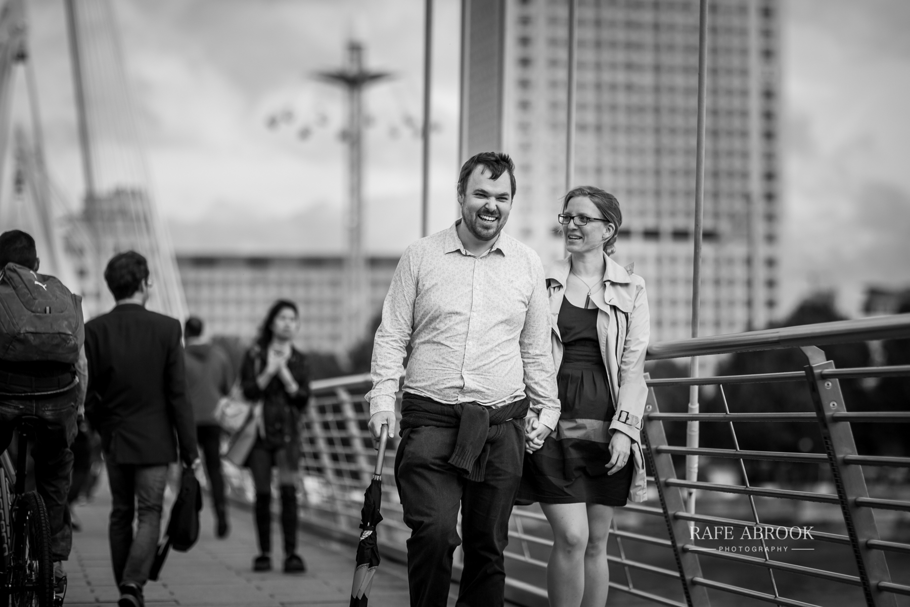 wedding photographer hertfordshire rafe abrook photography london city southbank engagement shoot-1030.jpg