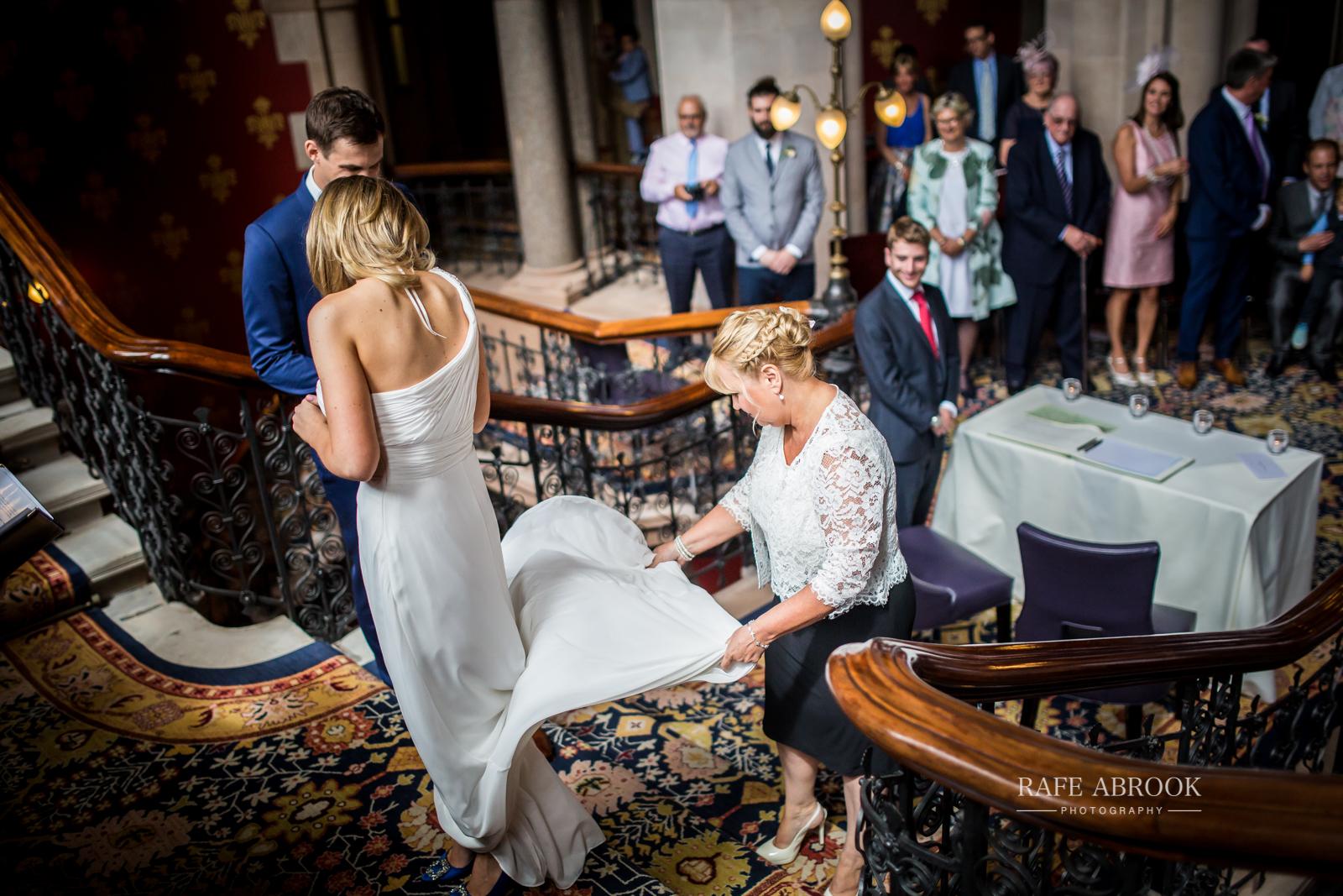 wedding photographer hertfordshire london st pancras renaissance hotel station grand staircase-1066.jpg