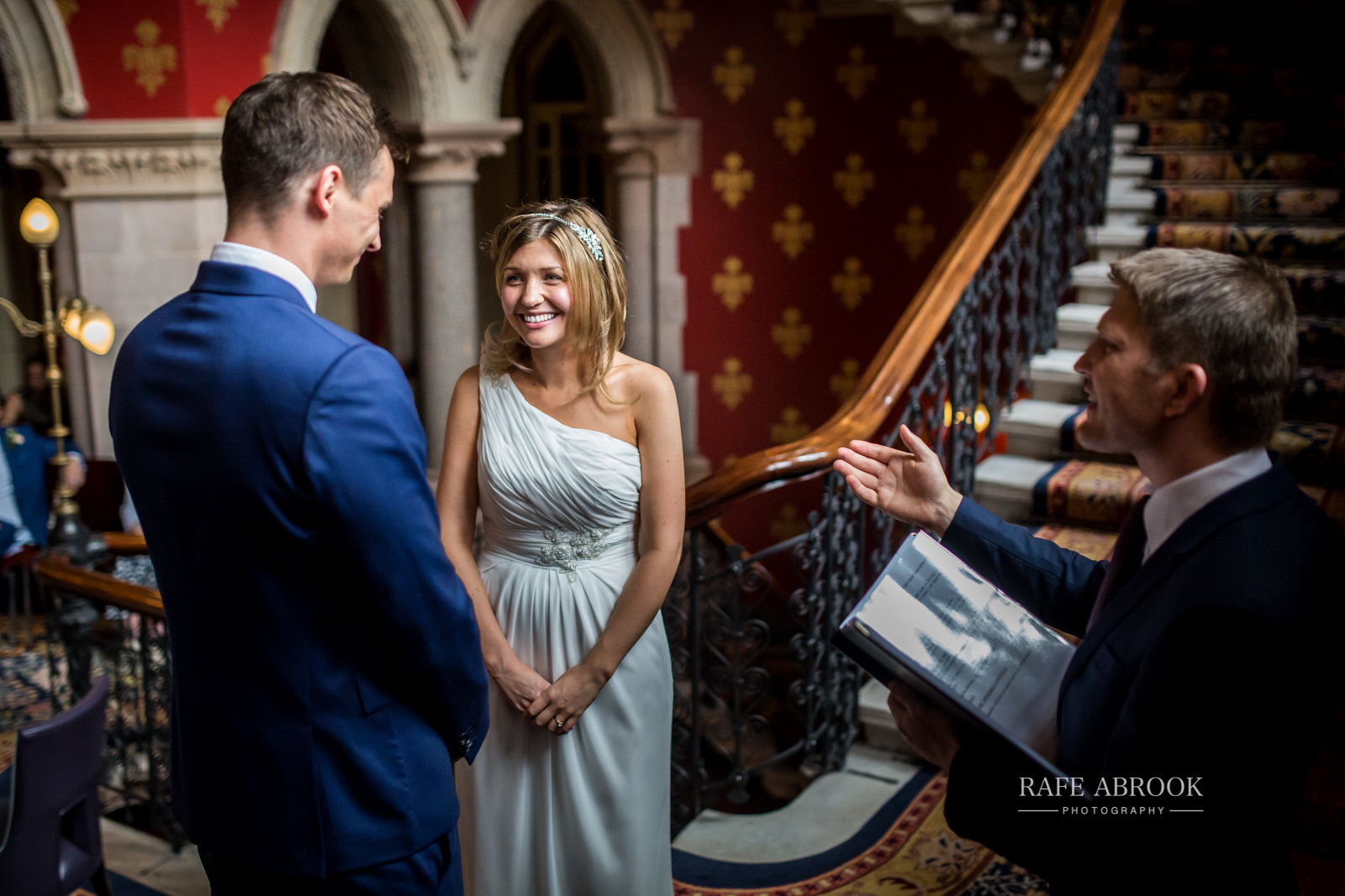 wedding photographer hertfordshire london st pancras renaissance hotel station grand staircase-1089.jpg