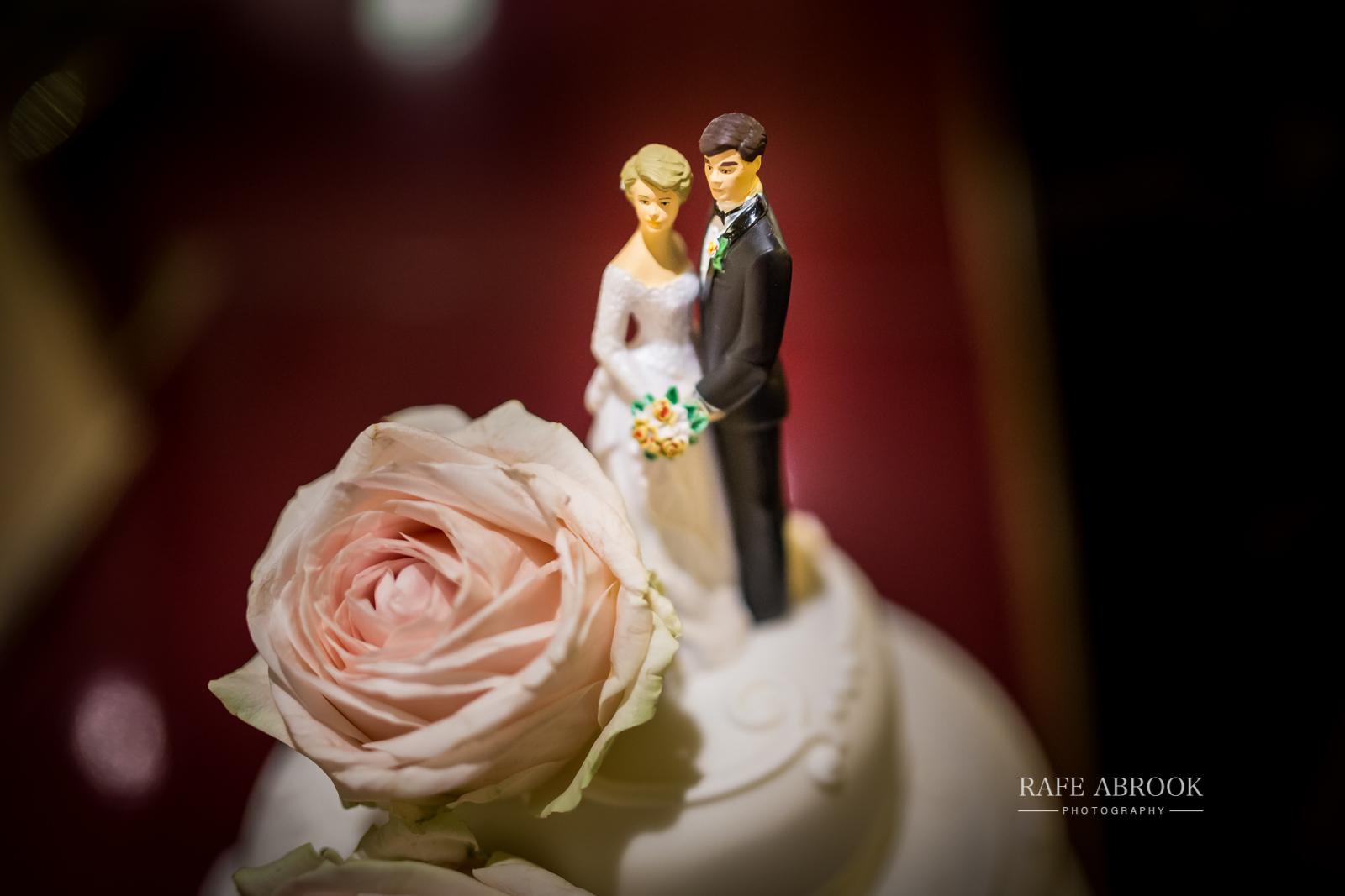 wedding photographer hertfordshire london st pancras renaissance hotel station grand staircase-1247.jpg