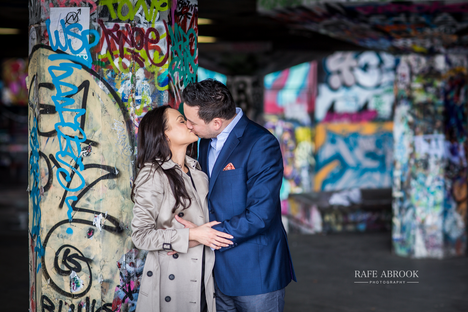 wedding photographer hertfordshire city of london southbank engagement shoot -1020.jpg