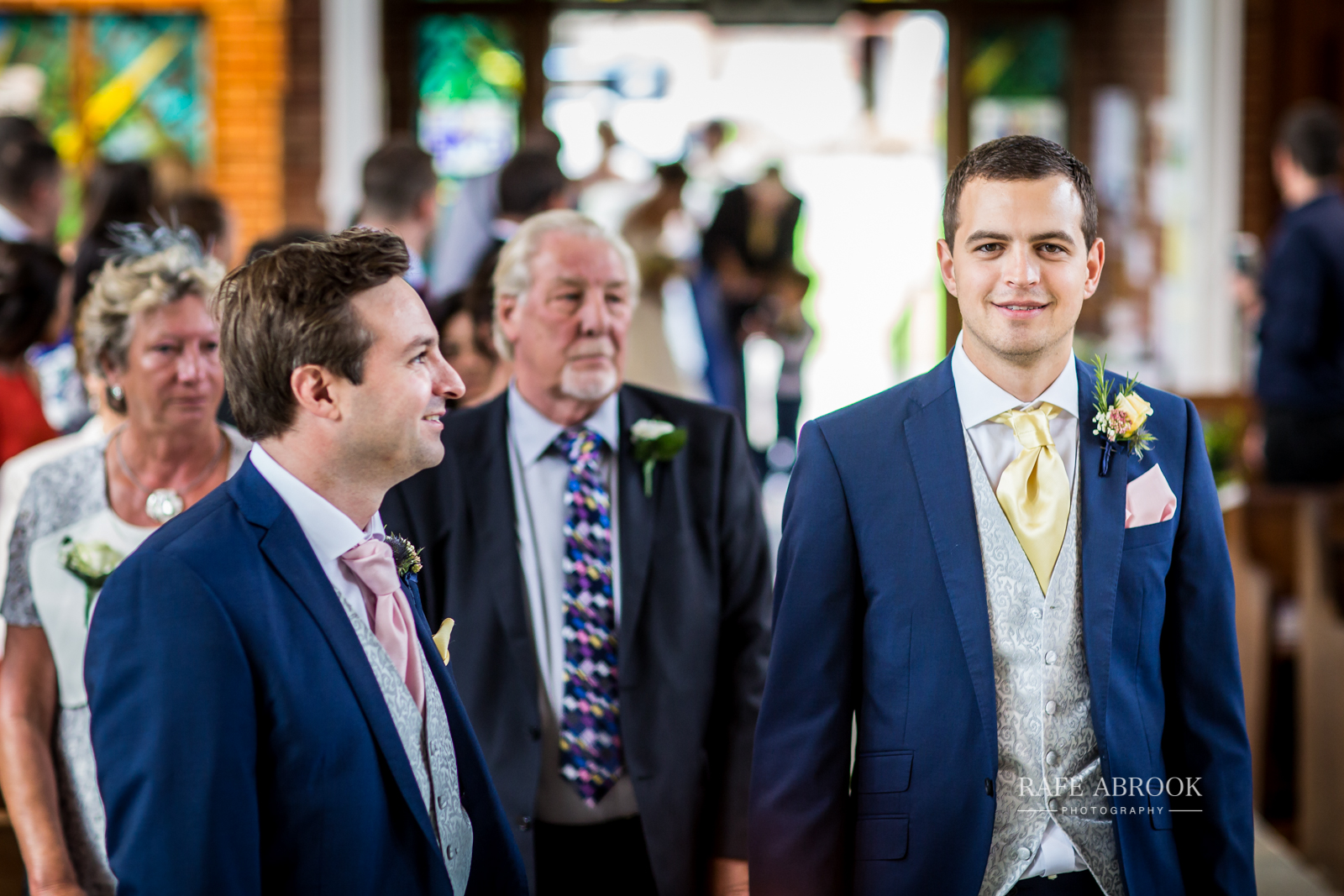 bassmead manor barns st neots cambridgeshire hertfordshire wedding photographer-1040.jpg