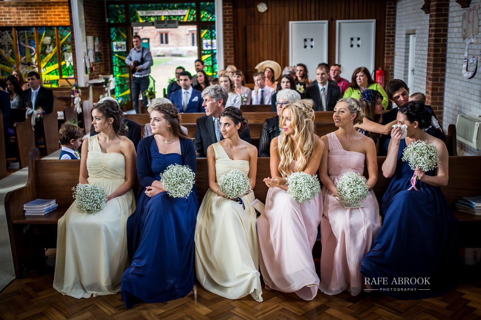 bassmead manor barns st neots cambridgeshire hertfordshire wedding photographer-1060.jpg