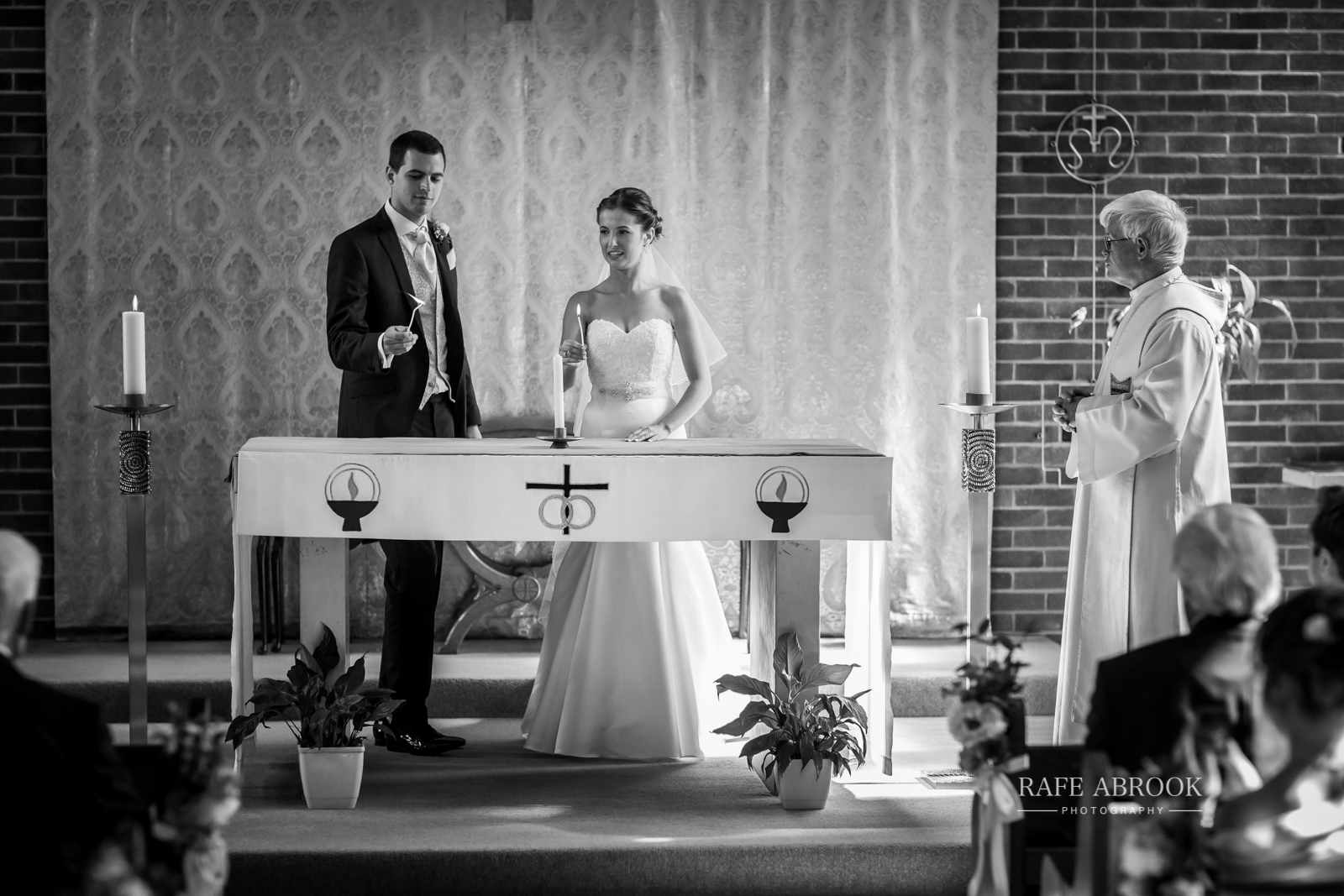 bassmead manor barns st neots cambridgeshire hertfordshire wedding photographer-1067.jpg