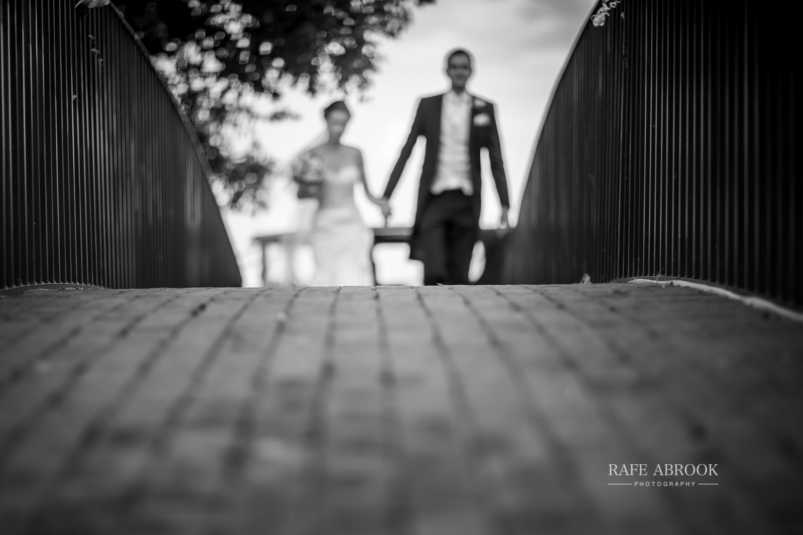 bassmead manor barns st neots cambridgeshire hertfordshire wedding photographer-1092.jpg