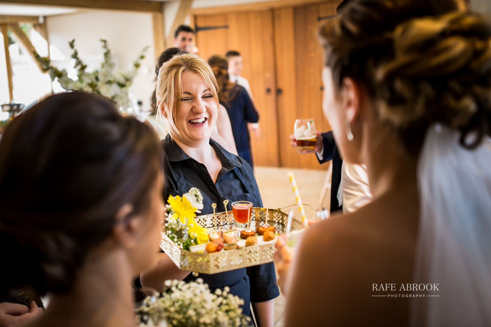 bassmead manor barns st neots cambridgeshire hertfordshire wedding photographer-1100.jpg
