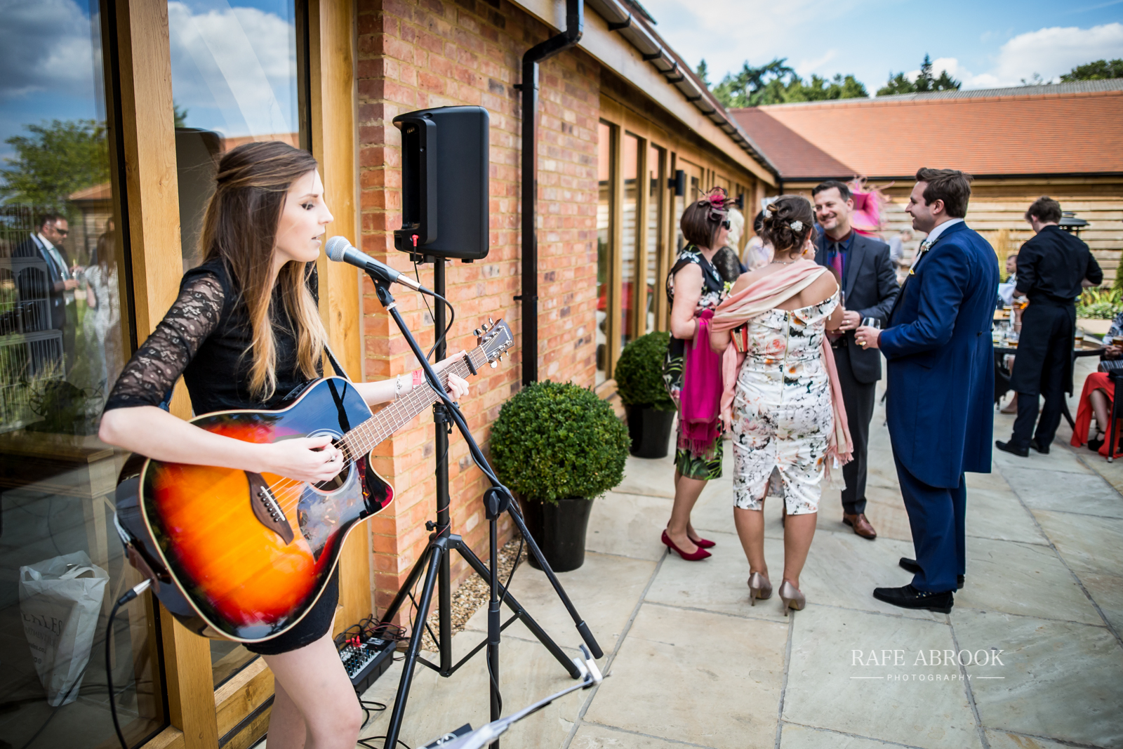 bassmead manor barns st neots cambridgeshire hertfordshire wedding photographer-1101.jpg