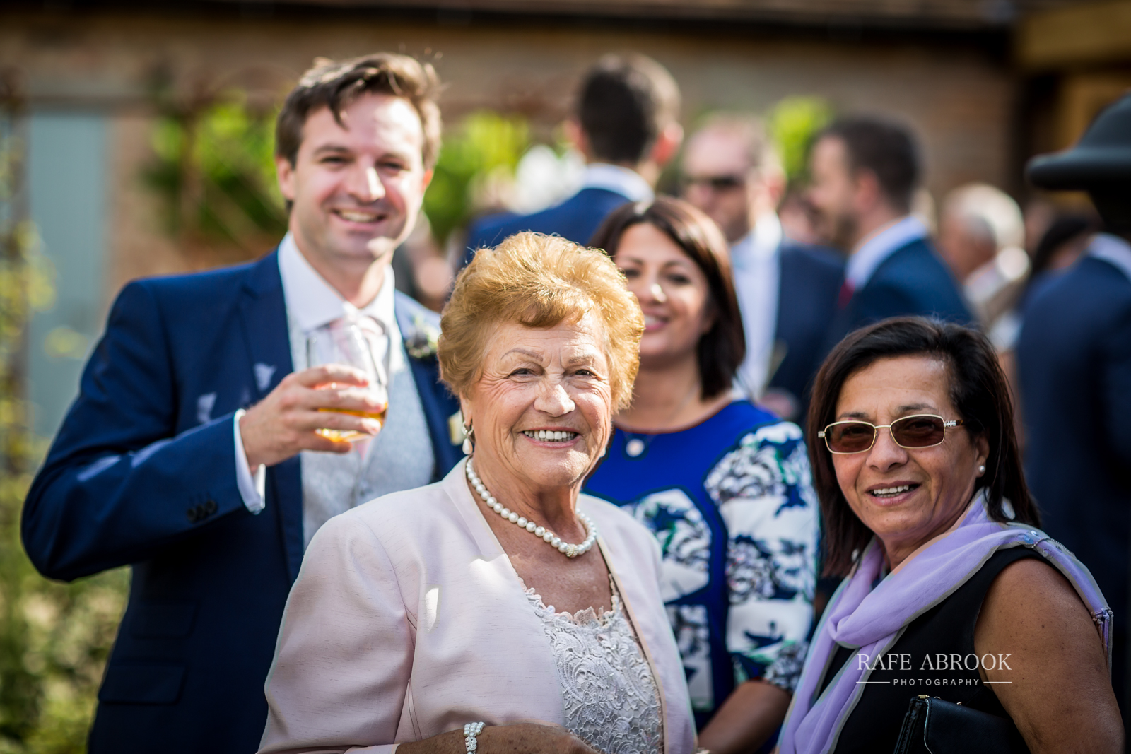 bassmead manor barns st neots cambridgeshire hertfordshire wedding photographer-1105.jpg