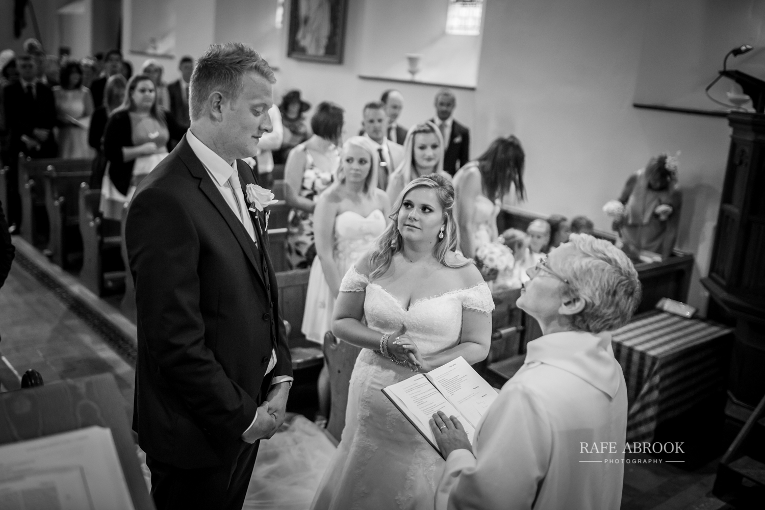 lilley village hall wedding hitchin hertfordshire photographer-1106.jpg