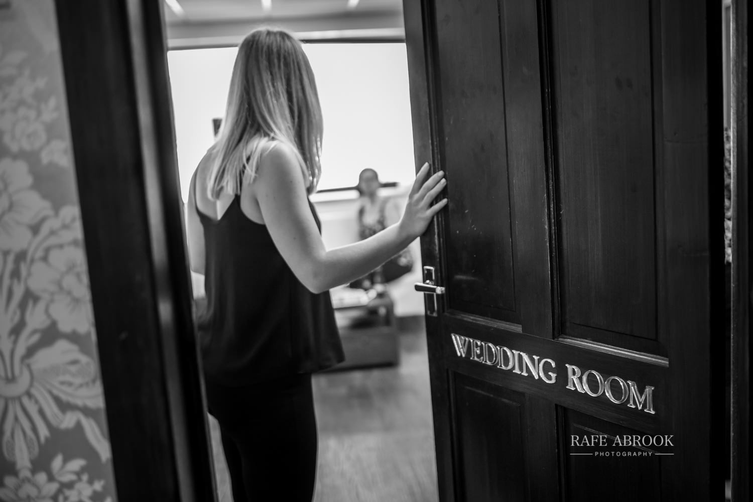 minstrel court wedding royston cambridge hertfordshire wedding photographer-1002.jpg