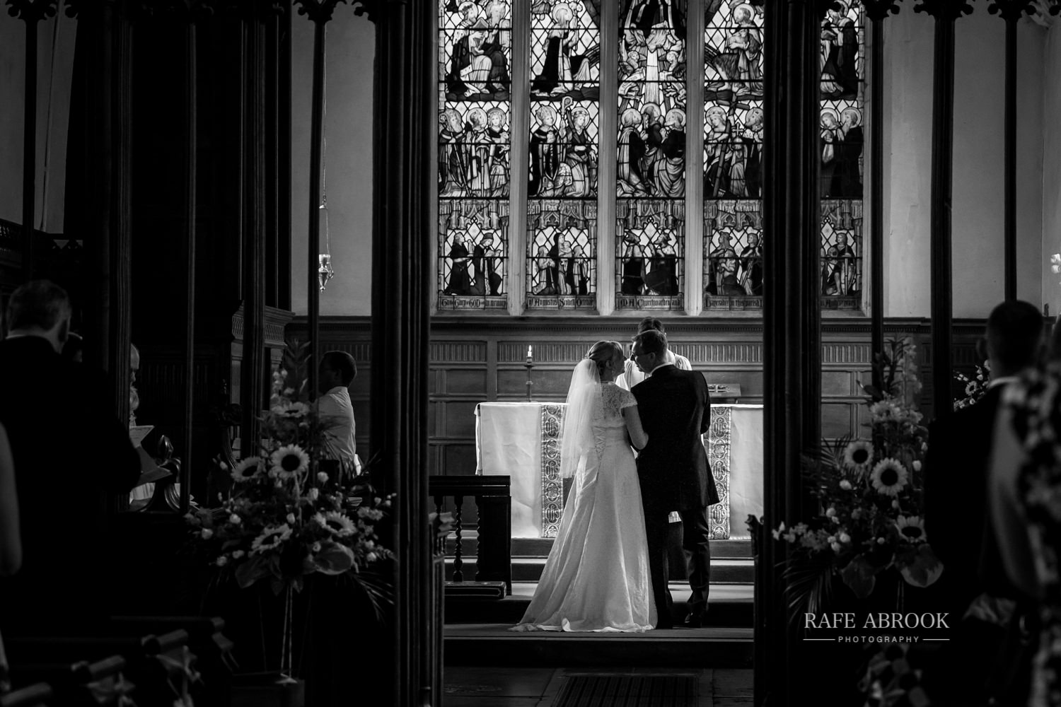 minstrel court wedding royston cambridge hertfordshire wedding photographer-1173.jpg
